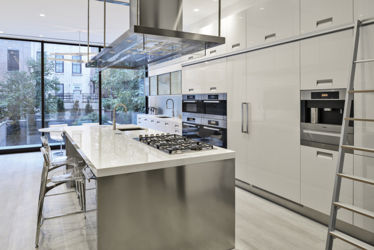 custom modern kitchen